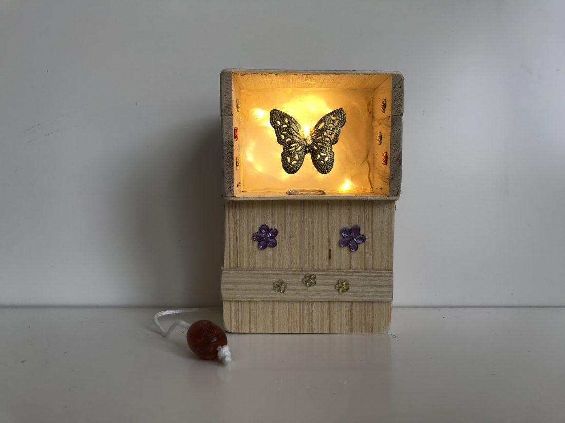 Muziekdoosje gouden vlinder